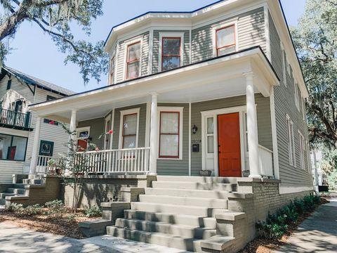 Photo of 2501 Barnard St, Savannah, GA 31401