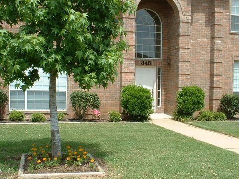 Photo of 345 Stone Hill Dr, Brenham, TX 77833