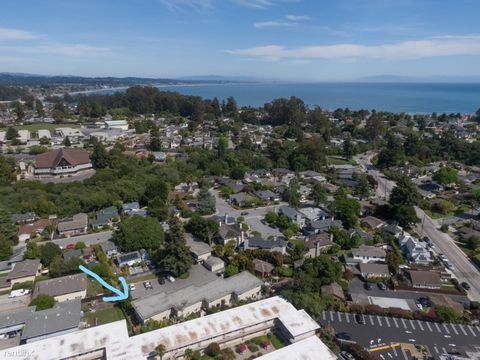 Photo of 721 Rosedale Ave, Capitola, CA 95010