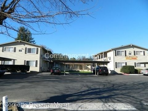Photo of 6421 Benning St, Orangevale, CA 95662
