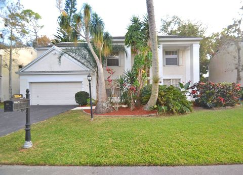 Photo of 3864 Lancewood Dr, Coral Springs, FL 33065