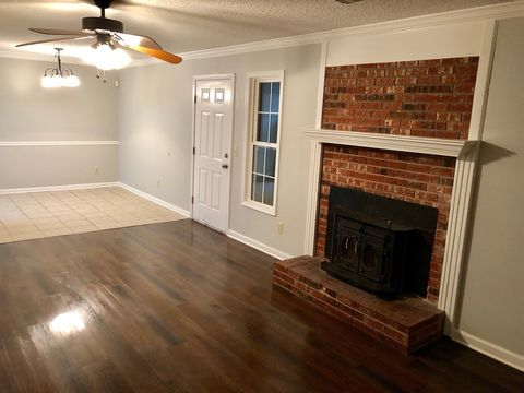 Photo of 1400 Elmdale Pl Apt B, Jonesboro, AR 72401