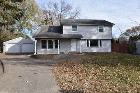 Photo of 8141 Hemingway Ave S, Cottage Grove, MN 55016
