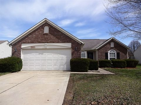 Photo of 1453 Cypress Dr, Greenfield, IN 46140