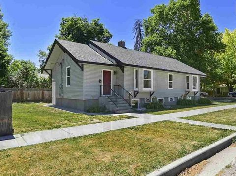 Photo of 903 5th St S, Nampa, ID 83651