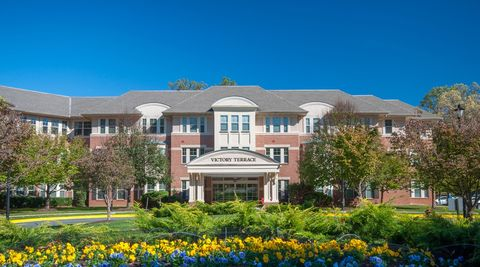 Photo of 9440 Newbridge Dr, Potomac, MD 20854