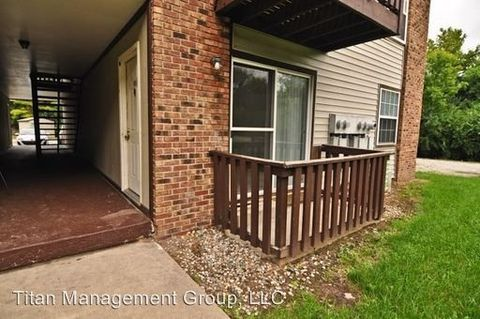 Photo of 320 Brown St Apt 312, West Lafayette, IN 47906