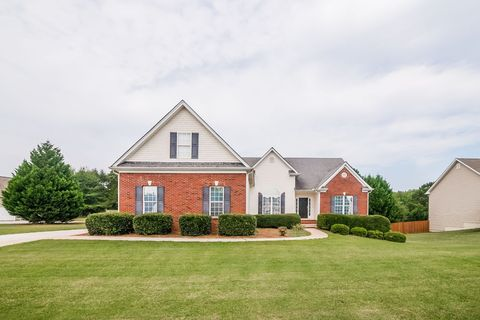 Photo of 4433 Circassian Pl, Gainesville, GA 30507