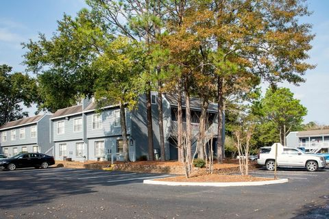Photo of 1 Country Ln, Mobile, AL 36608