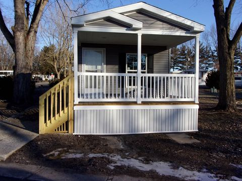 Photo of 201 E Waits Rd Lot 40, Kendallville, IN 46755