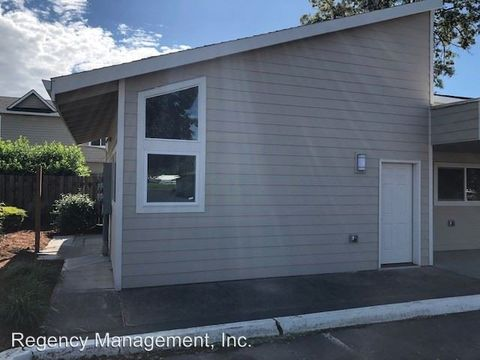 Photo of 2747 20th Pl, Forest Grove, OR 97116