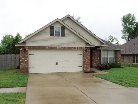 Photo of 2961 S Hartland Dr, Southaven, MS 38672