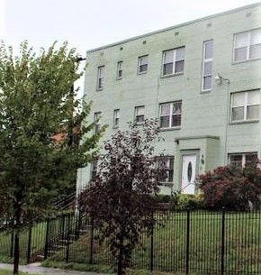 Photo of 4820 C St Se Apt 103, Washington, DC 20019