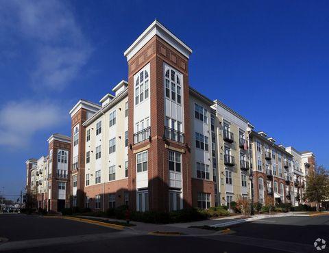 Photo of 198 Halpine Rd, Rockville, MD 20852