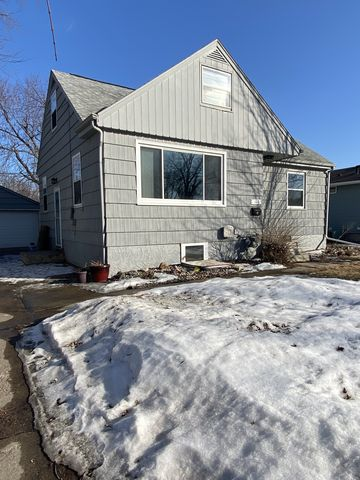 Photo of 3108 S Walts Ave, Sioux Falls, SD 57105