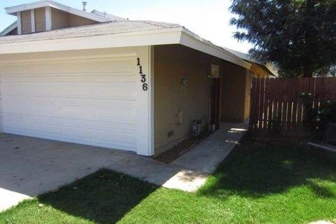 1136 Cleveland Ct, Lake Elsinore, CA 92530