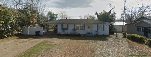 Photo of 2409 Prince Ave, Tuscaloosa, AL 35401