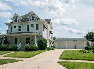 1115 Rochester Ave Iowa City, IA 52245