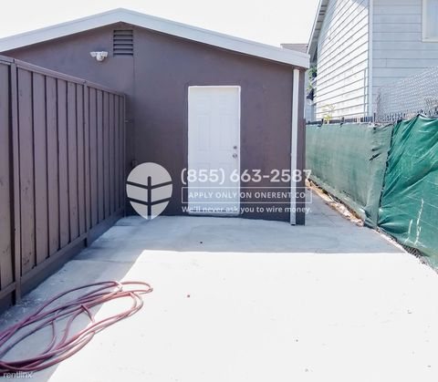 Photo of 1085 80th Ave Unit 2, Oakland, CA 94621