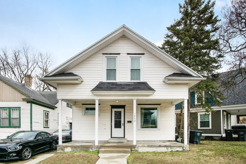 Photo of 1242 Woodward Ave, South Bend, IN 46616