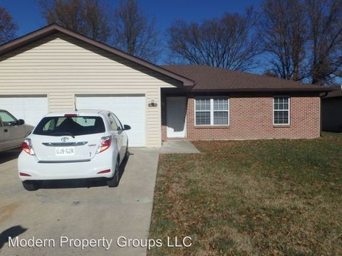 Photo of 2561-63 Morris Dr, Columbia, MO 65202