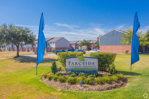 Photo of 2500 Central Park Ln, College Station, TX 77840