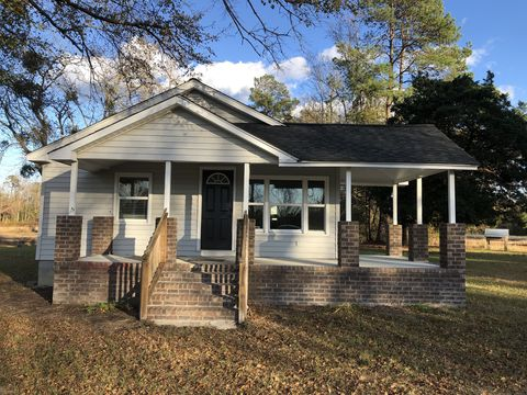 Photo of 5040 Page Rd, Galivants Ferry, SC 29544