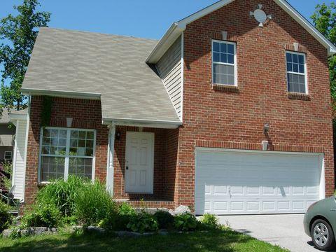Photo of 7136 Park Glen Dr, Fairview, TN 37062