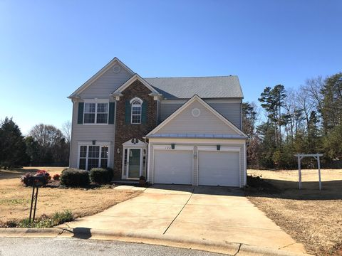 Photo of 120 Innisbrook Ln, Simpsonville, SC 29681