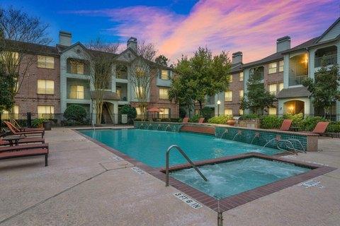 5500 Sampson St, Houston, TX 77004