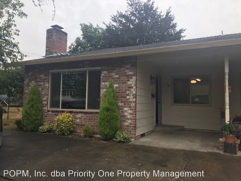 Photo of 150-152 Se 3rd Ave, Canby, OR 97013